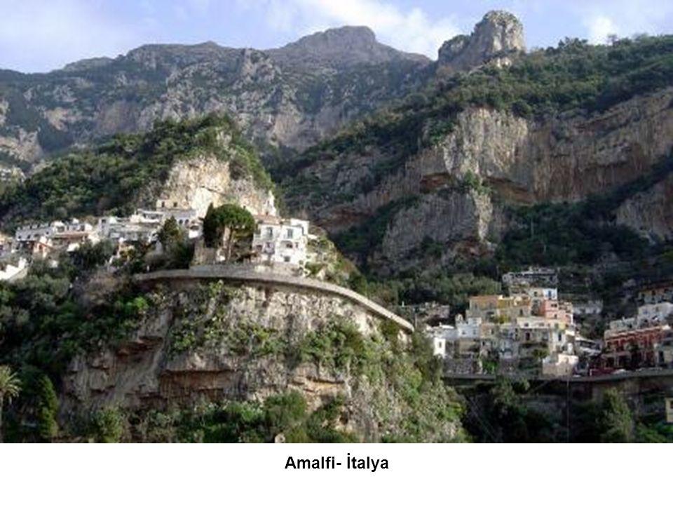 Amalfi- İtalya