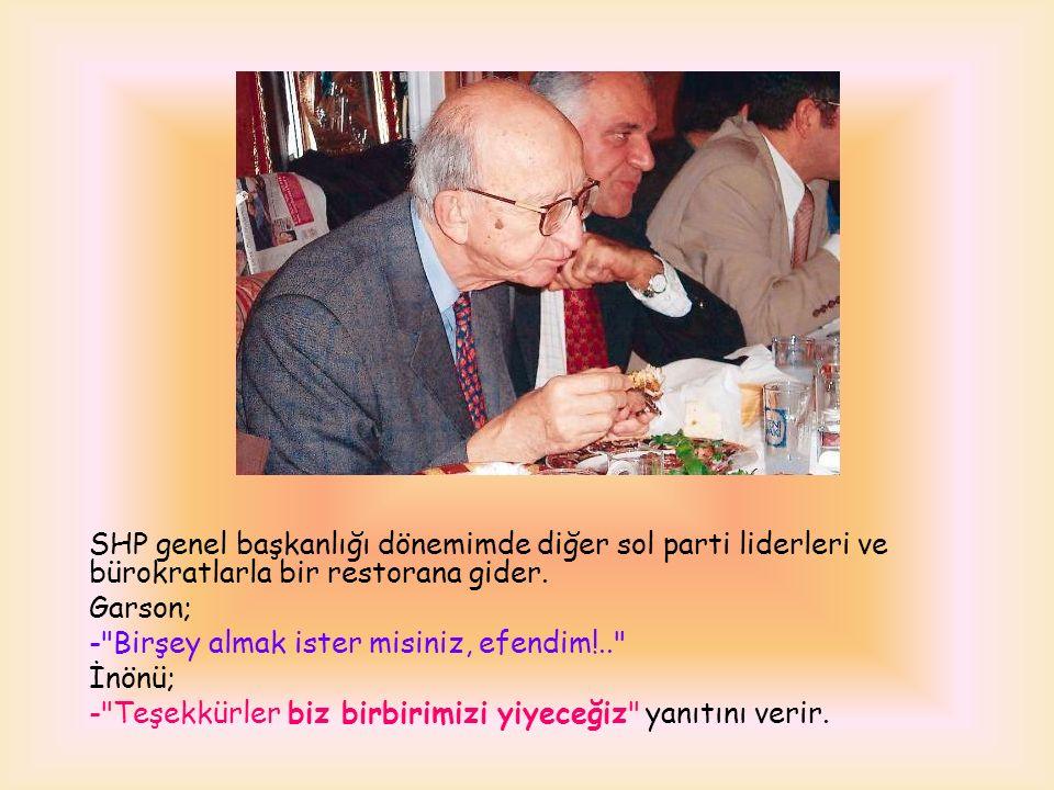 Erdal Bey bir gün İstanbul da taksiye binmiş.