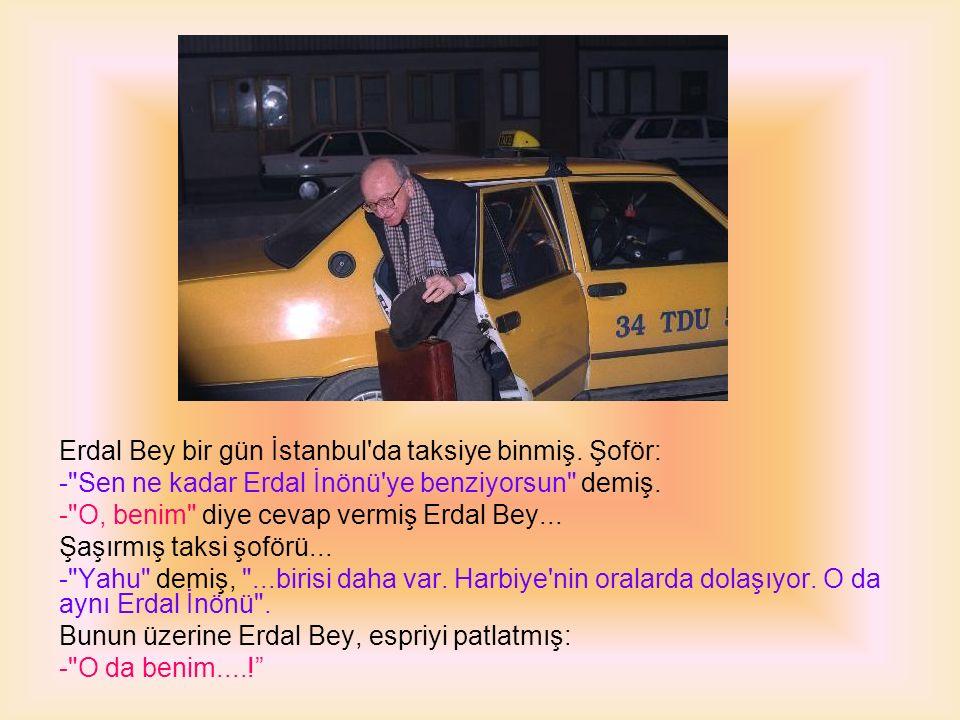 Seçmenlerden biri seçim otobüsünün önüne atılır ve Erdal Bey e; - Ölürüm yoluna diye haykırır.