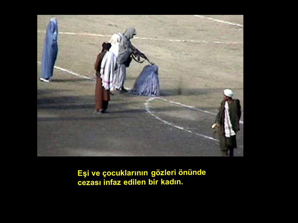 Eşi ve çocuklarının gözleri önünde cezası infaz edilen bir kadın.