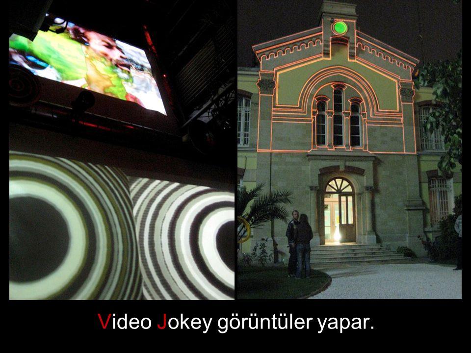 Yeni sessel ve görsel oyun alanları hazırlamak