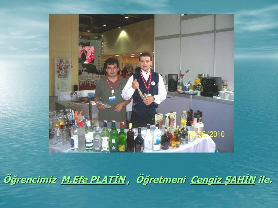 Öğrencimiz M.Efe PLATİN, Öğretmeni Cengiz ŞAHİN ile.