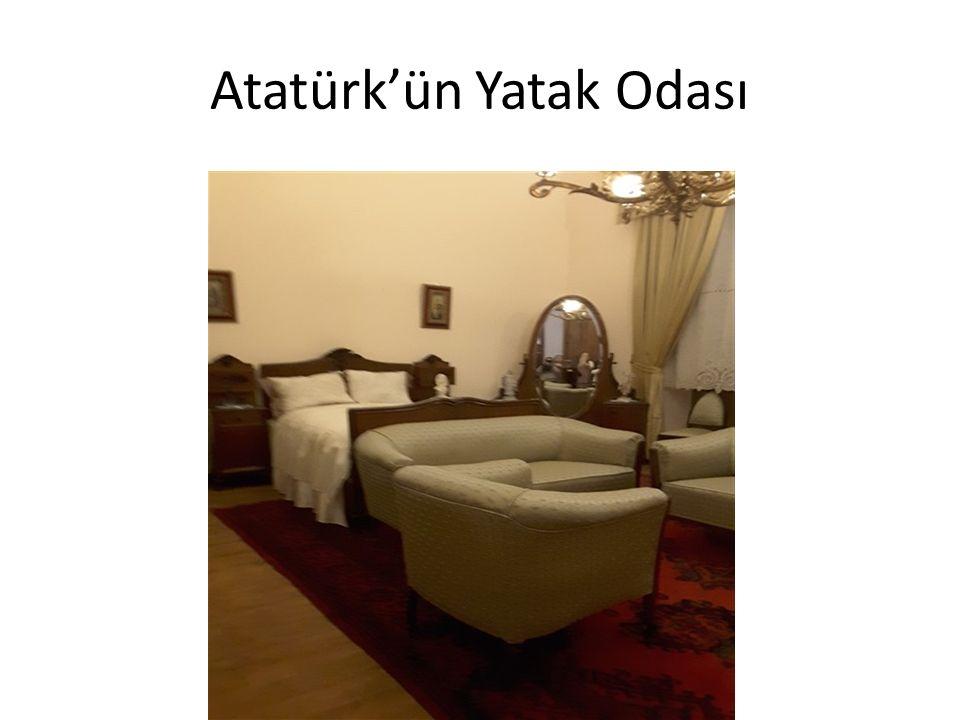 Atatürk'ün Yatak Odası