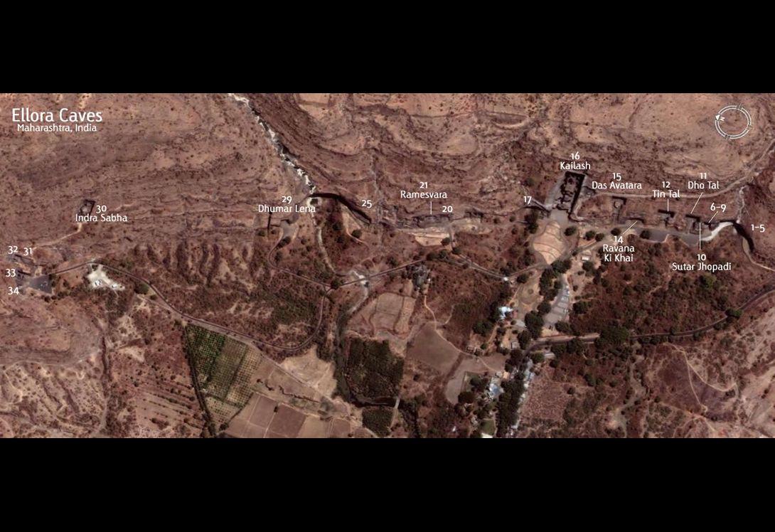 Hindistan'da Yerel Verul Leni olarak bilinen Ellora mağaraları, ilçe merkezine 30.km.