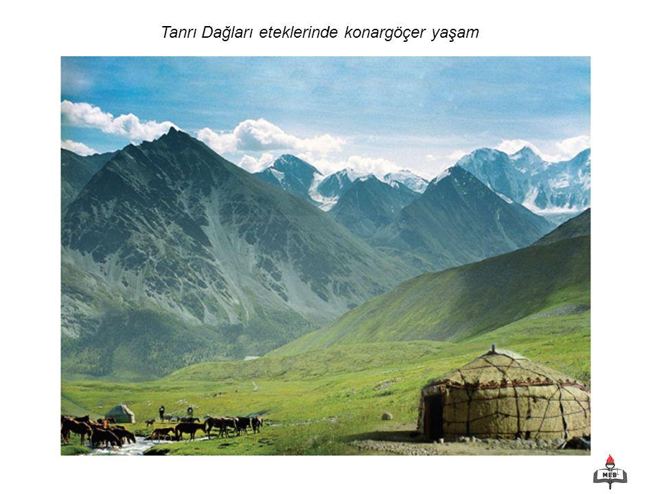 11 Tanrı Dağları eteklerinde konargöçer yaşam