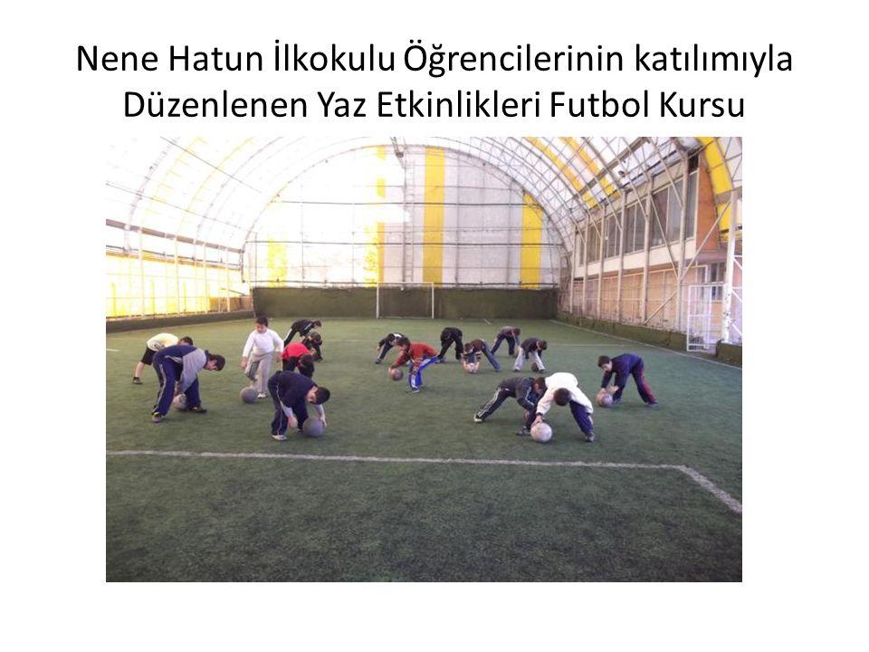 Servet Yalçın Ortaokulu Öğrencilerinin Katılımıyla Düzenlenen Yaz Etkinlikleri Futbol Kursu