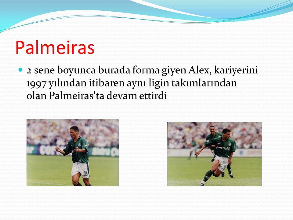 Palmeiras 2 sene boyunca burada forma giyen Alex, kariyerini 1997 yılından itibaren aynı ligin takımlarından olan Palmeiras ta devam ettirdi