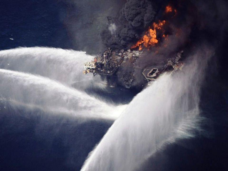 •Michael Abdenhoff, un porte-parole de BP Nous avons trouvé une nouvelle fuite. Elle est en amont des deux fuites déjà présentes. BP sözcüsü Michael A
