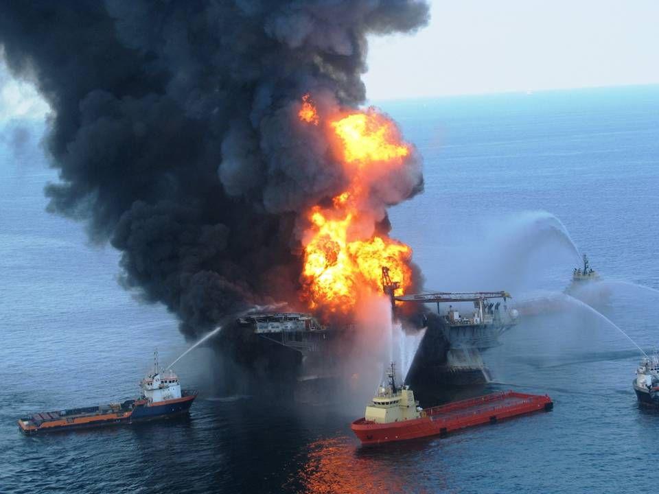•La compagnie pétrolière britannique BP, exploitant de la plateforme de forage en eau profonde qui a sombré au large du golfe du Mexique, assume