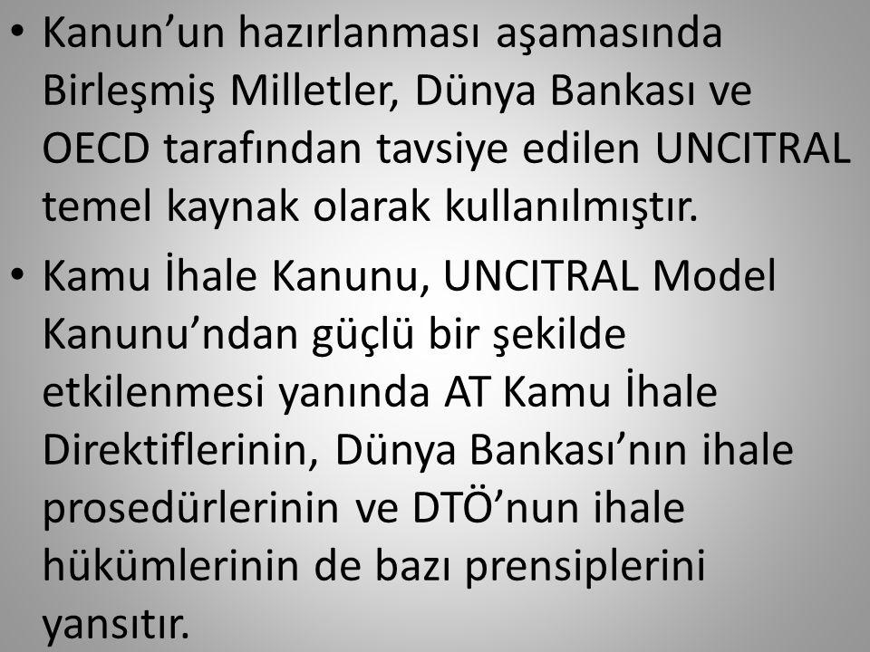 • Türkiye, Dünya Ticaret Örgütü (DTÖ) Kamu ihaleleri Komitesinde gözlemci statüsünde yer alır. • DTÖ, Türkiye'nin AB üyeliği sürecinde yasal değişikle