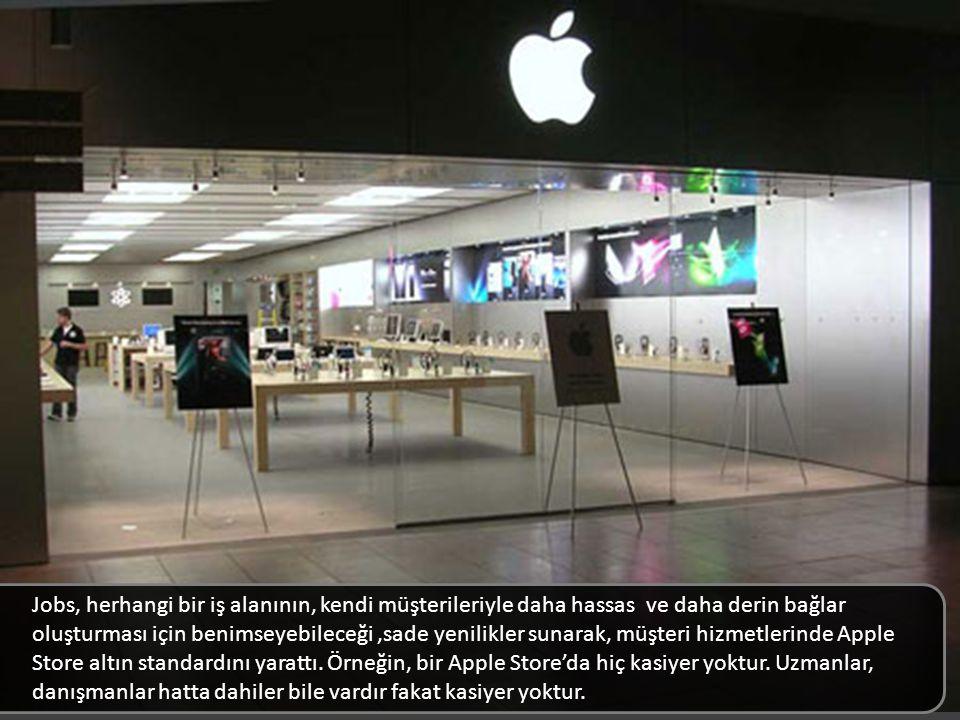 Jobs, herhangi bir iş alanının, kendi müşterileriyle daha hassas ve daha derin bağlar oluşturması için benimseyebileceği,sade yenilikler sunarak, müşteri hizmetlerinde Apple Store altın standardını yarattı.