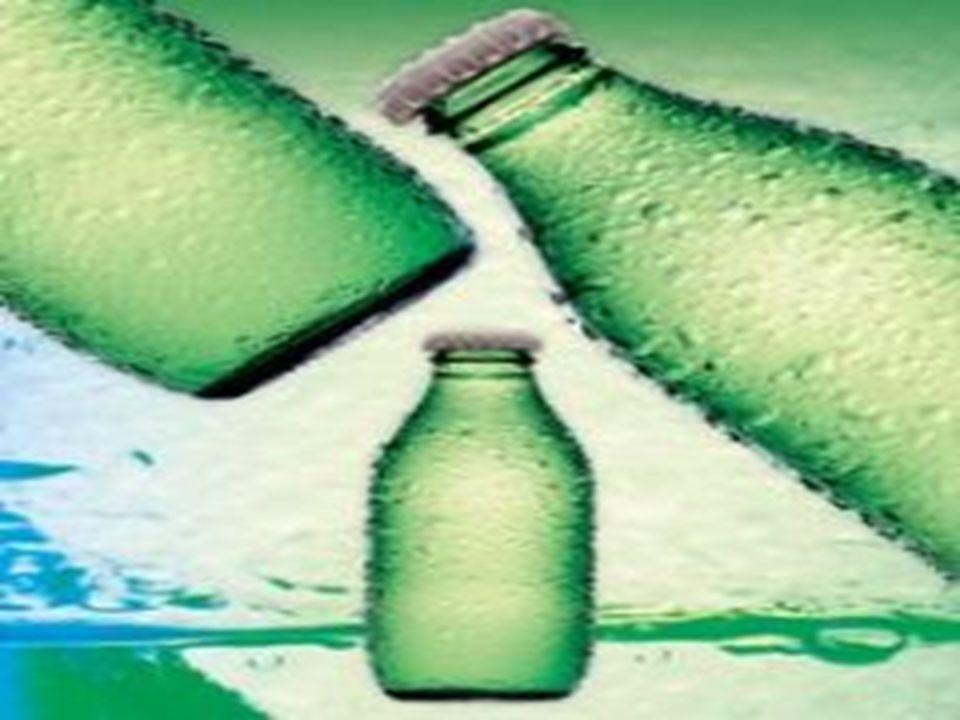 Yer Altı Su Kaynakları •Su,canlıların ya ş amsal faaliyetlerini devam ettirebilmeleri açısından çok önemli bir maddedir. •Sudan içecek olarak yararlan