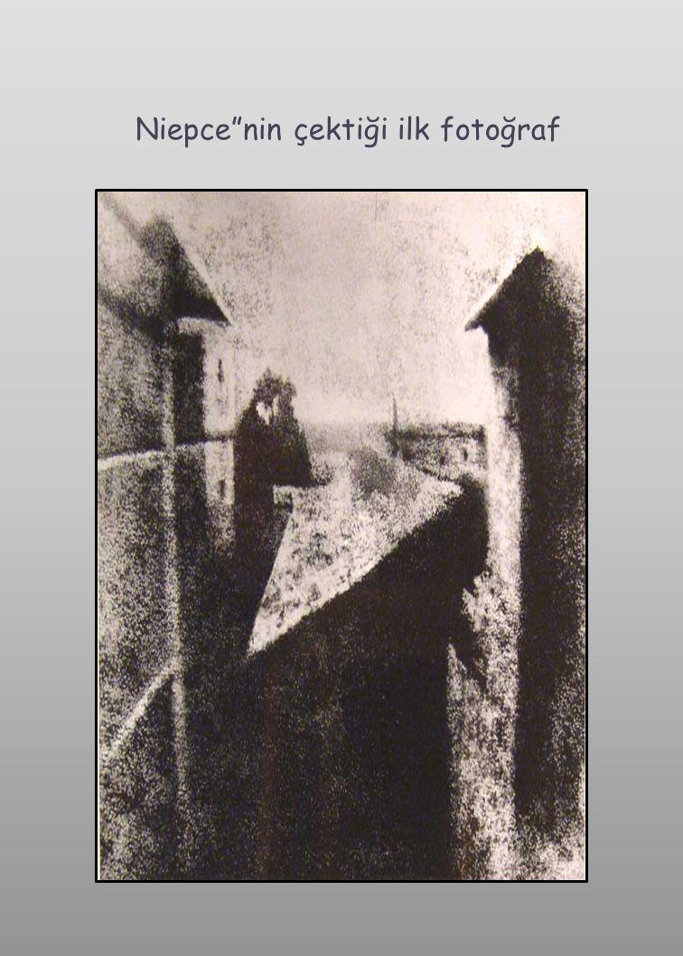  Niepce in 1833 de ki ölümü üzerine Daguerre, çalışmaları tek başına yürütmeye başladı.