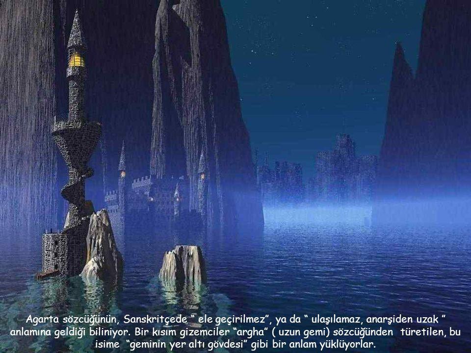 Bu krallığın başındaki bilge kişi, tüm doğa güçlerini biliyor, tüm insanların ruhlarını ve geleceklerini görebiliyordu. Dünyanın Kralı'nın tahtı insan