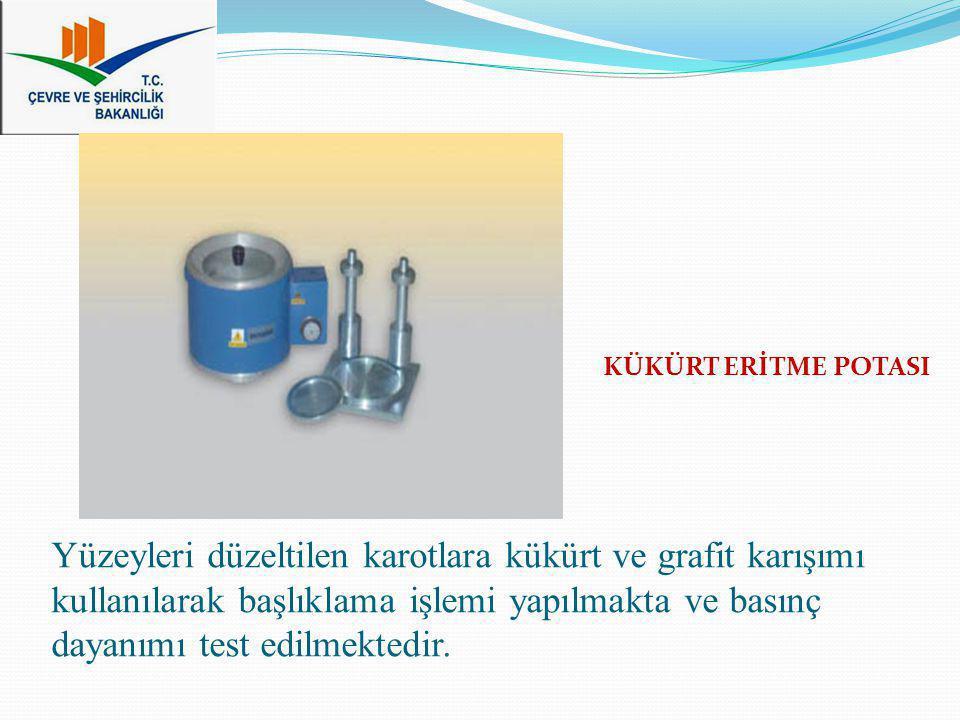 Yüzeyleri düzeltilen karotlara kükürt ve grafit karışımı kullanılarak başlıklama işlemi yapılmakta ve basınç dayanımı test edilmektedir. KÜKÜRT ERİTME