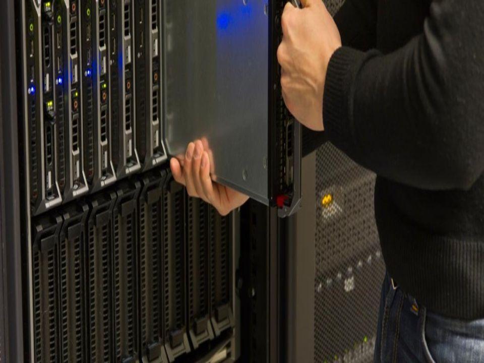 Windows Server 2012 Datacenter Edition  Windows Server 2012'de bulunan bütün roller ve özellikleri içermektedir.