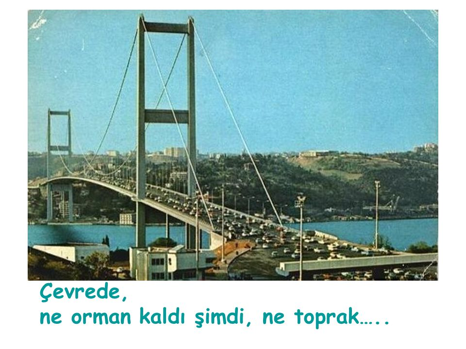 Açılışın ertesi günü (31 Ekim 1973) yayınlanan Günaydın Gazetesi'nin ilk sayfası, tamamen köprünün açılına ayrılmıştı..