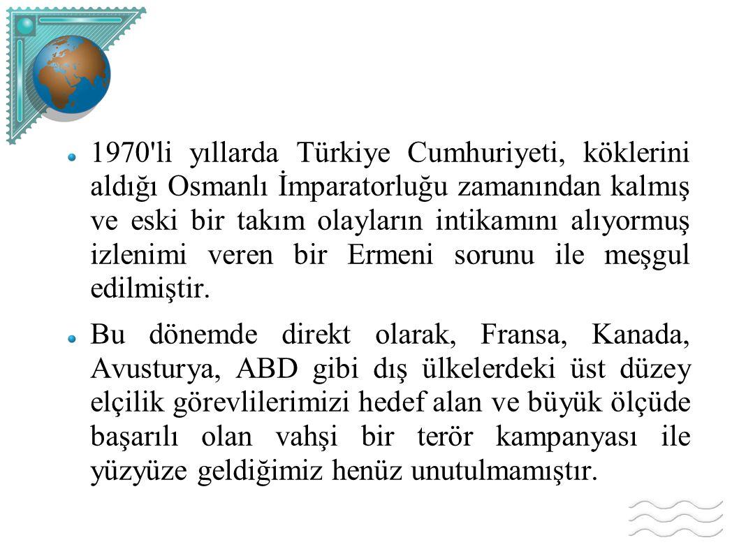 1970'li yıllarda Türkiye Cumhuriyeti, köklerini aldığı Osmanlı İmparatorluğu zamanından kalmış ve eski bir takım olayların intikamını alıyormuş izleni