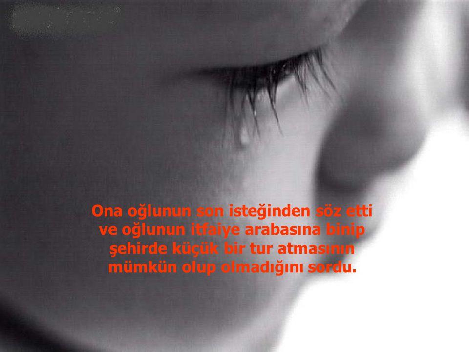 Daha sonra, Ankara'daki itfaiye müdürlüğüne gitti ve orada yüreği en az Ankara kadar büyük itfaiyeciler ile tanıştı.