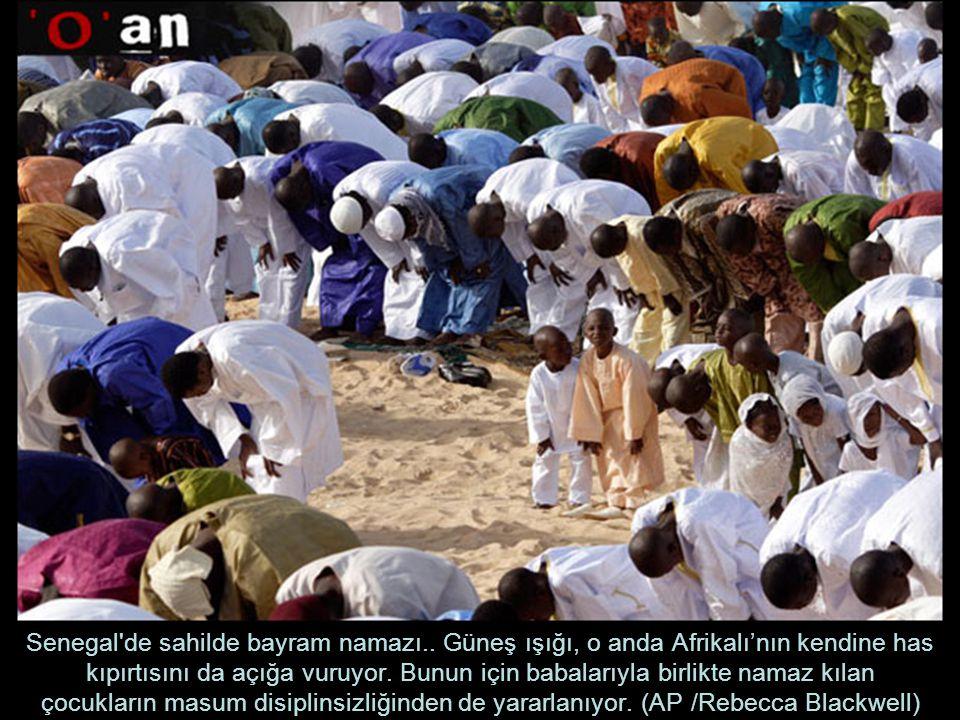 Senegal de sahilde bayram namazı..