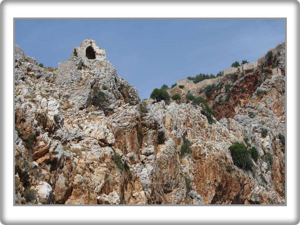 Alanya Darphane Yarımadanın ucunda, uzunluğu 400 metreyi bulan sarp kayalıklardan oluşan Cilvarda burnu üzerindeki yapılardır.