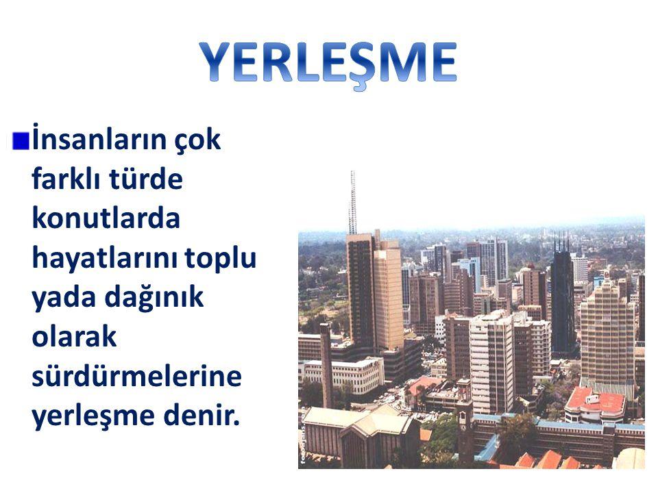 Karadeniz,Akdeniz kıyı kesimlerinde uygun sıcaklıklardan dolayı nüfus yoğun iken Doğu Anadolu'nun yüksek kesimlerinde nüfus tenhadır.
