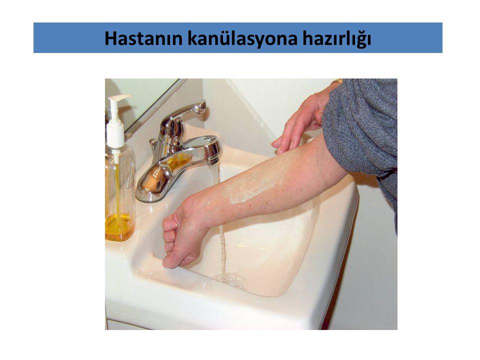 Hastanın kanülasyona hazırlığı