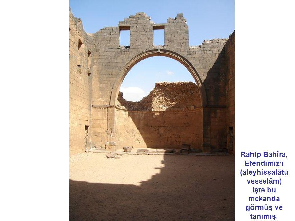 Şam tarihi insanlığın tarihiyle başlar.