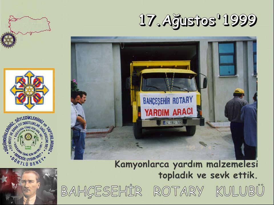 Bahçeşehir Güz Karnavalında Bahçeşehir Rotary standını Sokak Çocukları Vakfı na tahsis ettik.