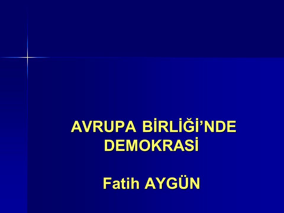 DEMOKRASİ KAVRAMI Halkın yönetimi anlamına gelen demokrasinin, tarih boyunca farklı toplumlar tarafından farklı uygulamalarla bugüne geldiği görülür.