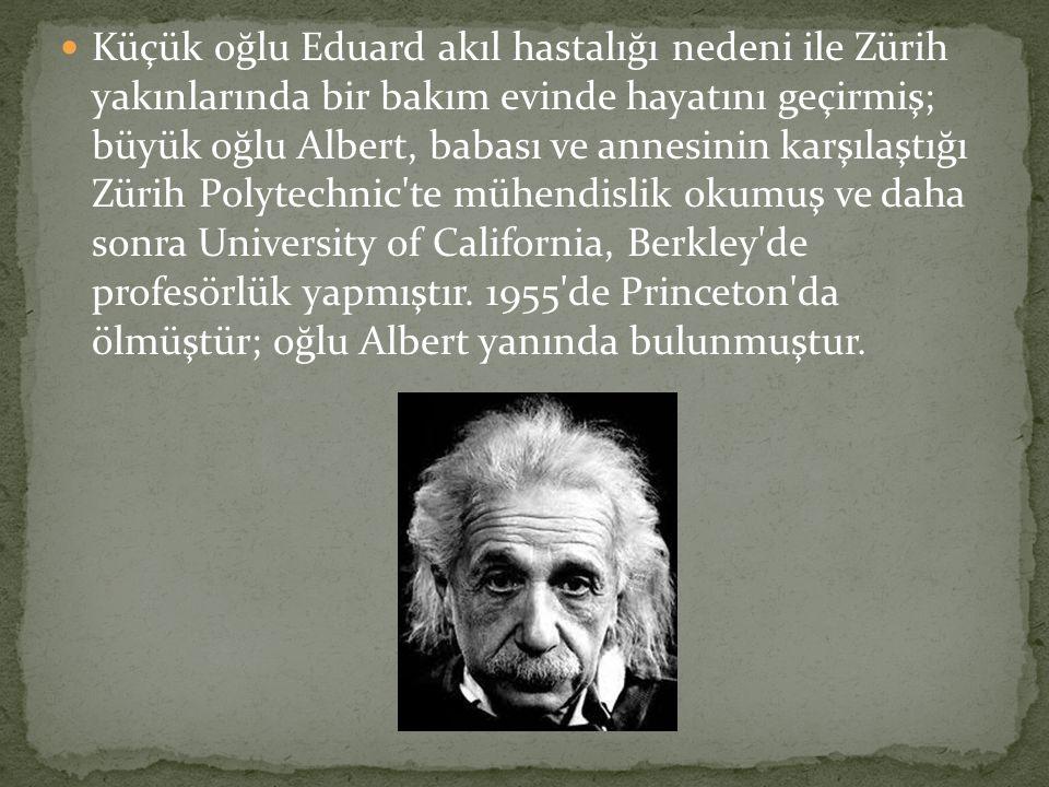  Einstein, İsrailli diplomat ve politikacı Abba Eban la birlikte.Üvey kızı Margot Einstein, bilim adamının kişisel mektuplarını özenle herkesten saklamış ve kendisinin ölümünden 20 yıl sonra daha saklı kalmasını vasiyet etmişti.