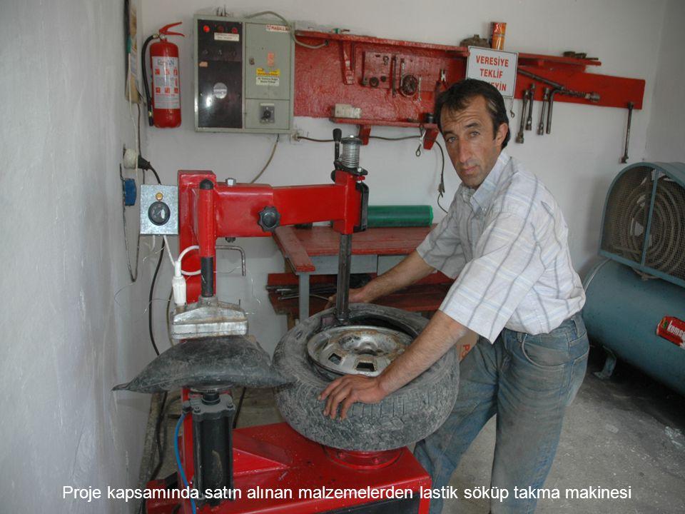 Proje kapsamında satın alınan malzemelerden lastik söküp takma makinesi
