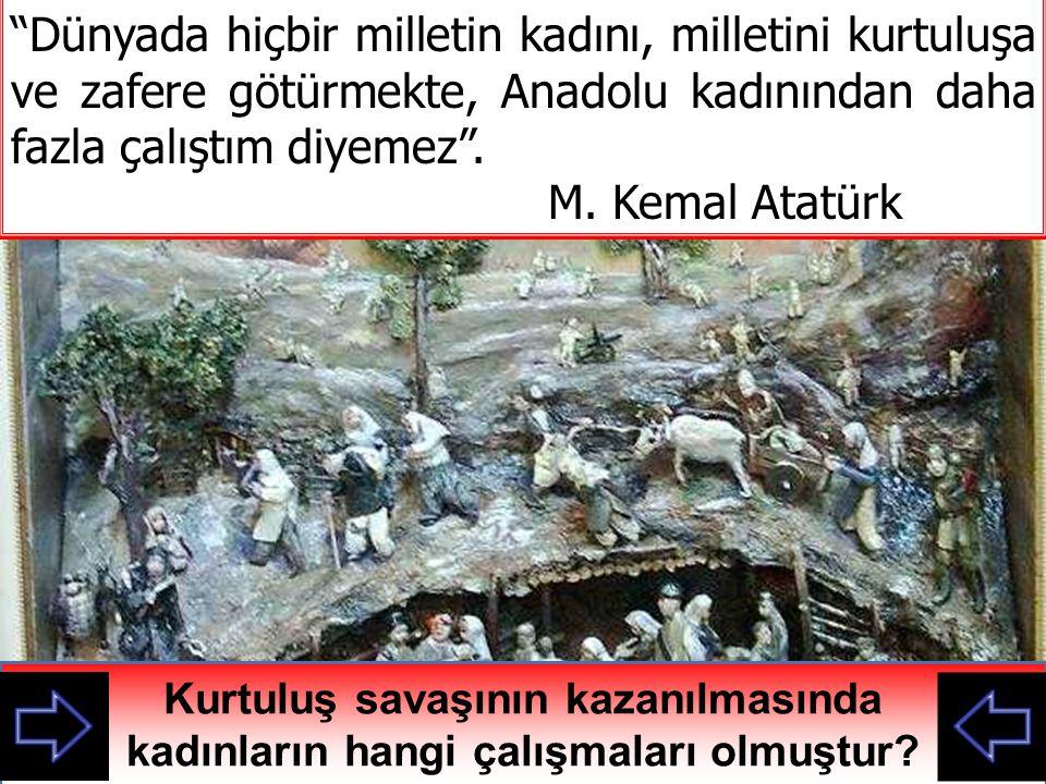 Osmanlı Döneminde Kadın Haklarındaki Bazı Gelişmeler 1847 İrade-i Seniye: Türk kadınlarına erkek çocuklarla eşit miras hakkı 1858 Kız Rüştiyeleri: Kızlar için Ortaokul açıldı 1869 Maarif-i Umumiye Nizamnamesi: Kız Çocuklarına okuma zorunluluğu getirildi 1897 de Ücretli işçi, 1913 te memur olma hakkı geldi Kadınların günümüzde haklarına benziyor mu.