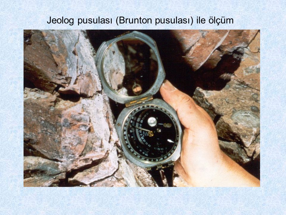 Jeolog pusulası (Brunton pusulası) ile ölçüm