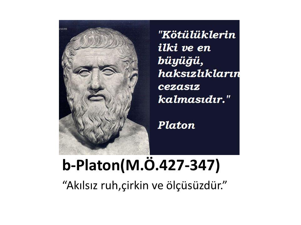 • Sokrates'in öğrencisidir.