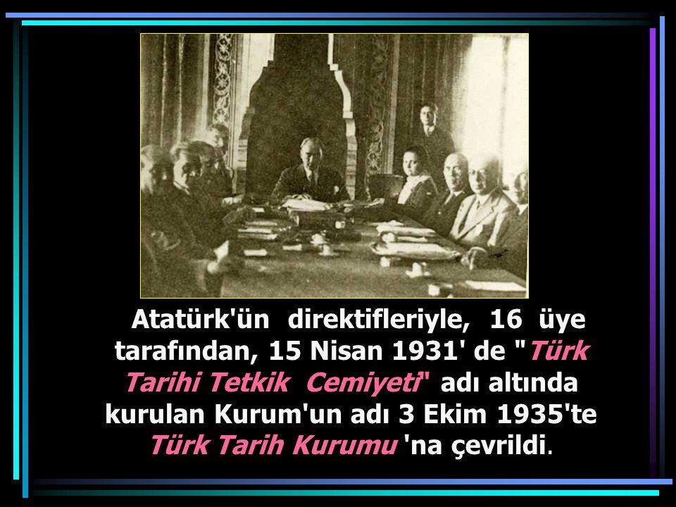 Cumhurbaşkanı Gazi Mustafa Kemal, Samsun Lisesinde tarih dersinde. (26 Kasım 1930)