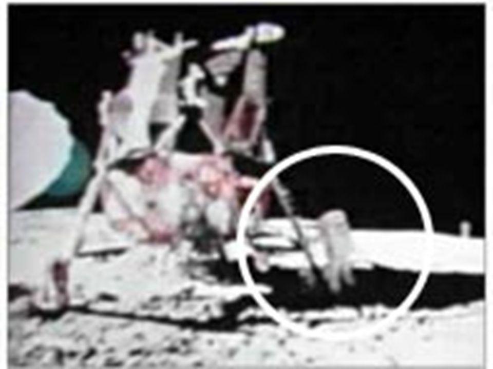 •Apollo seferleri sırasında 30.000'in üzerinde resim çekildi.