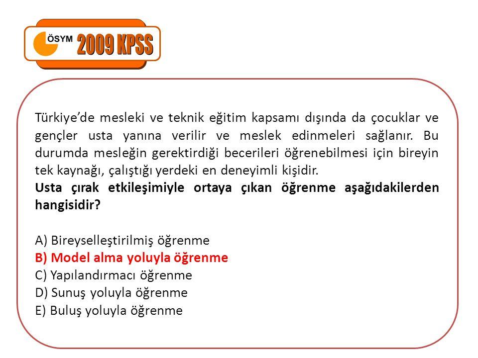Türkiye'de mesleki ve teknik eğitim kapsamı dışında da çocuklar ve gençler usta yanına verilir ve meslek edinmeleri sağlanır.