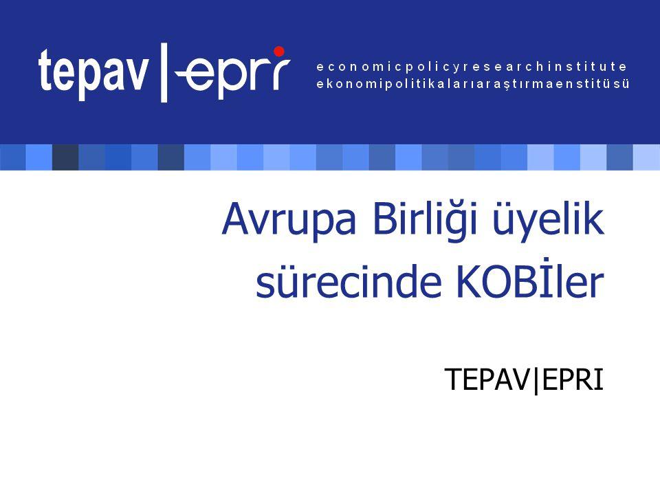 AB üyelik sürecinde KOBİler Slide 12 Sektörlere göre Türkiye'deki KOBİler Kaynak: DİE 2002 Türkiye'deki KOBİlerin sektörel dağılımındaki ağırlık ticaret, imalat sanayi, ulaştırma, otel & lokanta olarak sıralanmaktadır.