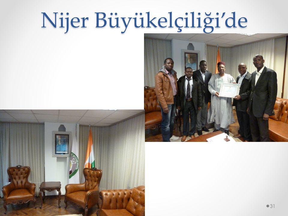 Nijer Büyükelçiliği'de © 2014 by Nafissa Zakari W.31