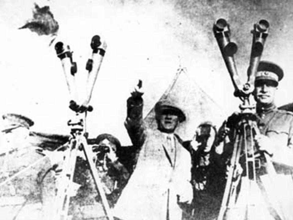 Mustafa Kemal sosyalist değil, fakat görülüyor ki iyi bir teşkilatçı, yüksek anlayışlı, ilerici ve iyi düşünceli, akıllı bir lider.