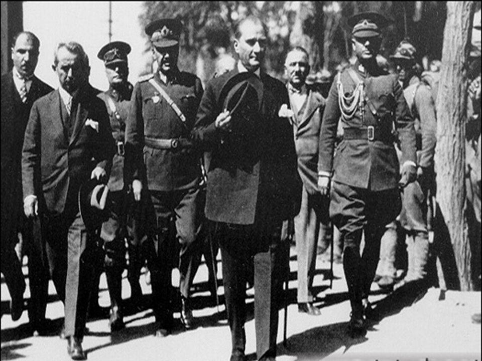 Mustafa Kemal; bir millet, bütün vasıtalarından mahrum edilse dahi, kendini kurtaracak vasıtaları yaratabileceğini ispat eden adamdır.