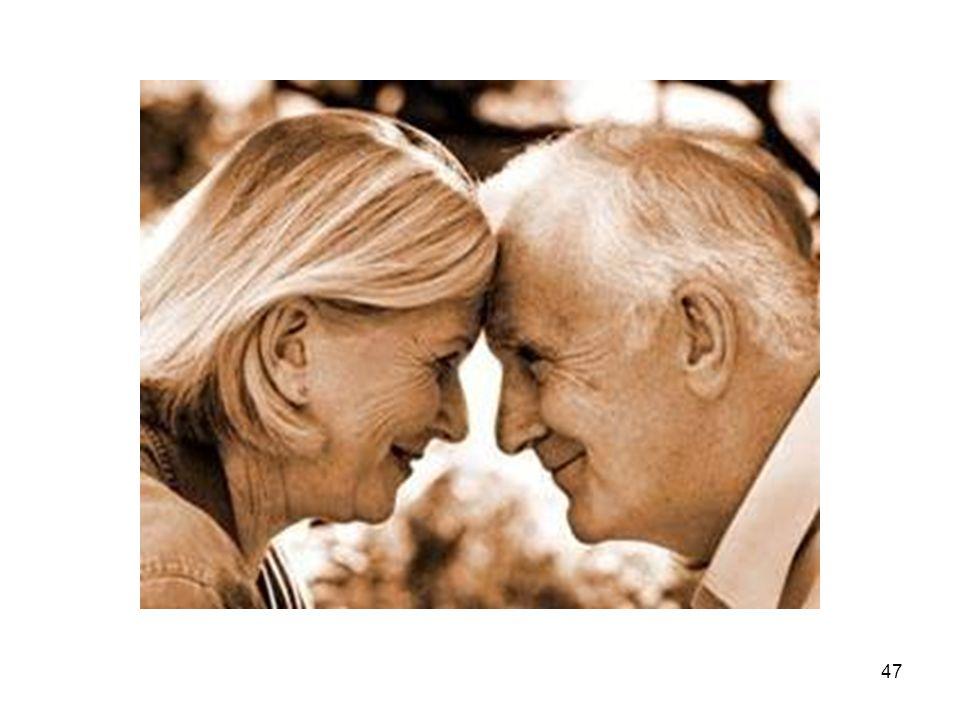 48 EVE YEMEK SERVİSİ HİZMETİ VEREN KURULUŞLARIN TAŞIMASI GEREKEN STANDARTLAR STANDART 5: Eve yemek servisi hizmetinin başlangıcında •yaşlıların yiyecek ve içecek alımları, •yiyecek tercihleri, •yaşlının yemesini etkileyen faktörler (yutma güçlüğü,nörolojik bozukluklar) araştırılmalıdır.