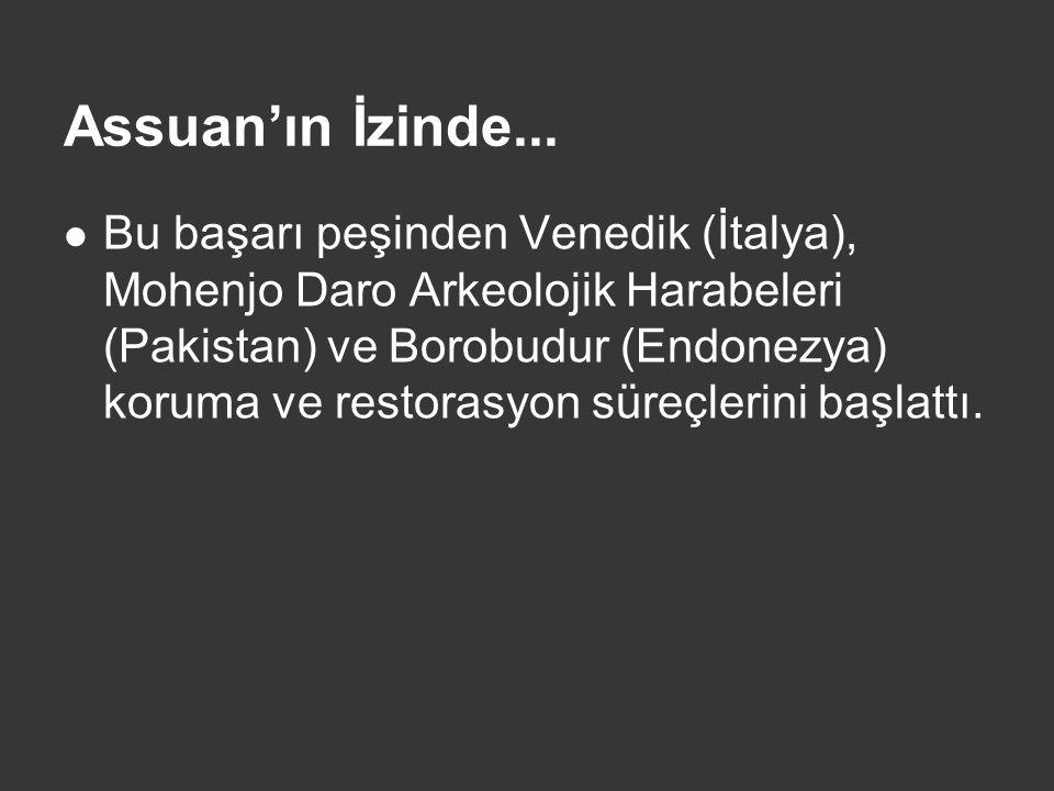 PİNOKYO  Bir siyasi parti temsilcisi, eleştirdiği bir muhalifine -yanında getirdiği Pinokyo maskotunu göstererek- o, buna benziyor dedi.(Star TV, Ana Haber, 20.03.2009)