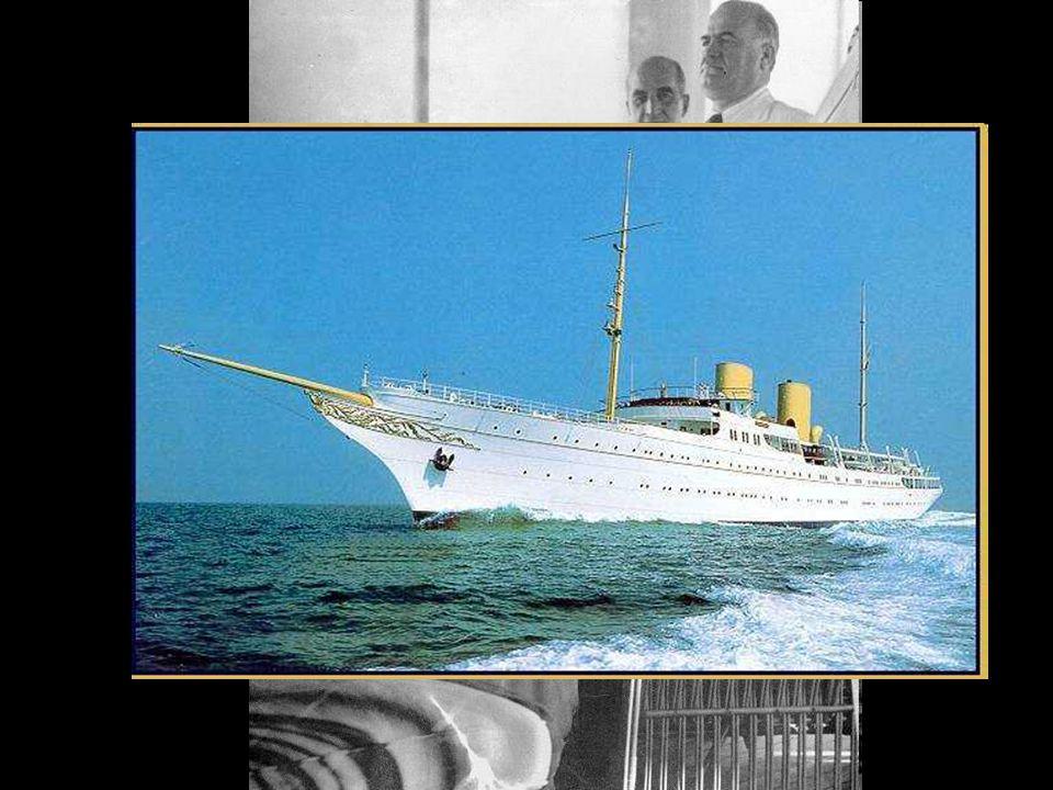 Mersin ve Adana gezisi dönüşünde deniz havası hastalığına iyi gelir düşüncesi ile 6 hafta boyunca Savarona adlı gemide kaldı