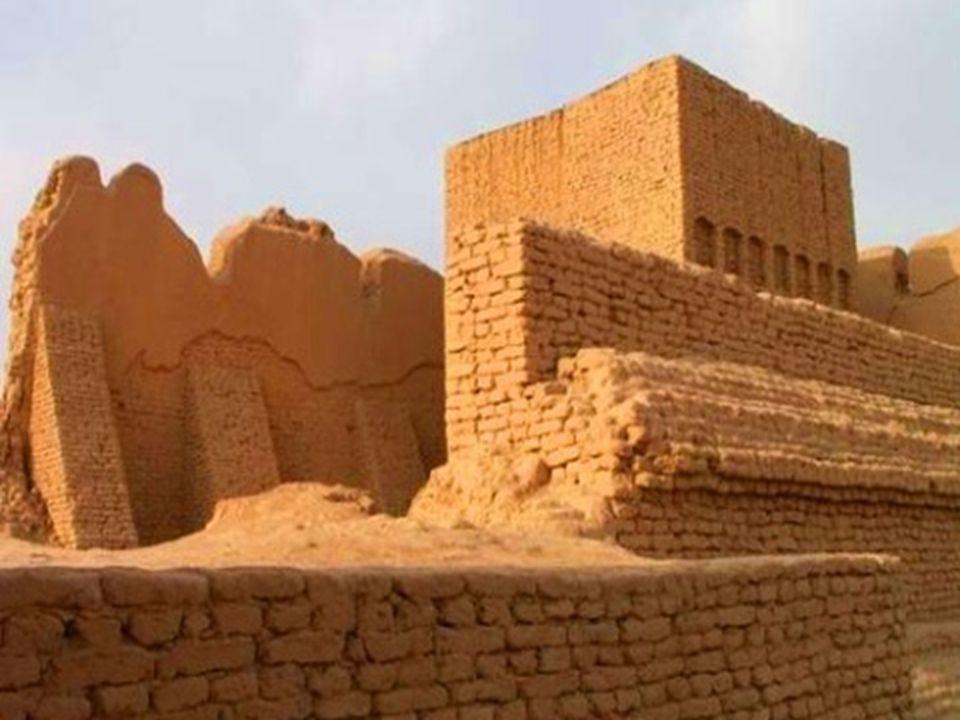 MISIR / 9 • Yeni Krallık (M.Ö.1500-1200) • Yeni krallık, kaynaklarda zaman zaman Mısır imparatorluğu diye anılır.