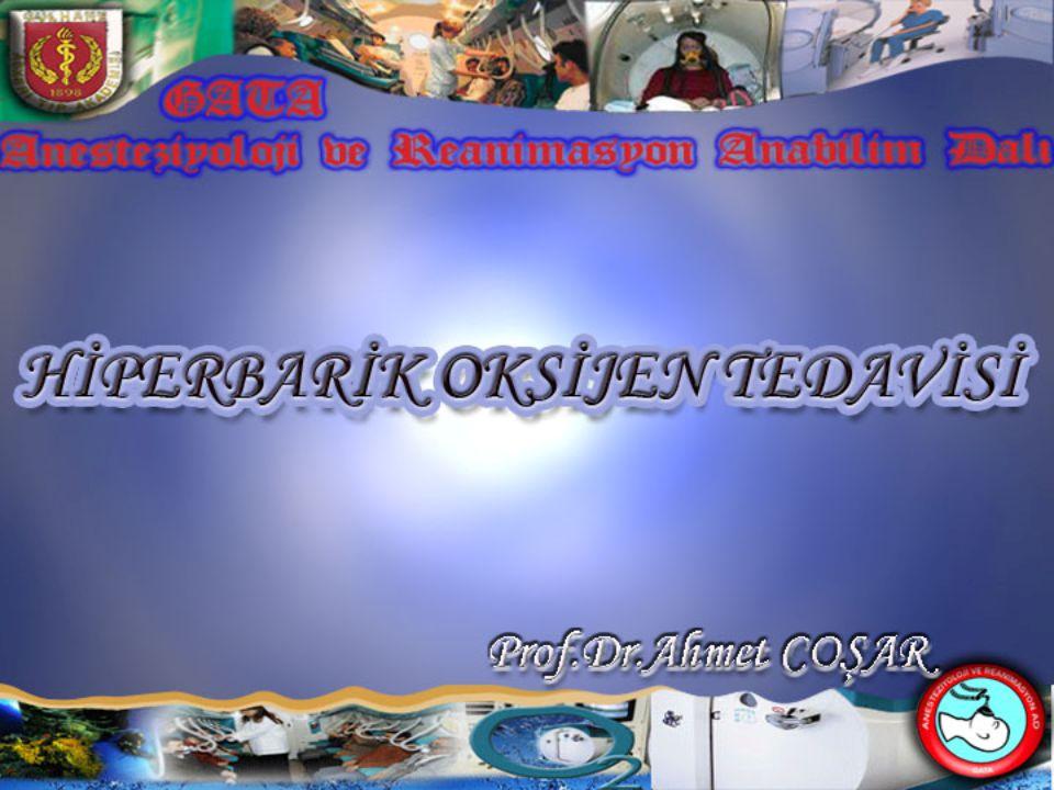 2 Tanımlama The Undersea and Hyperbaric Medical Society (UHMS)'ye göre: Basınç odasında, 1 ATA* (760mmHg) den daha yüksek basınç altında hastaya maske, özel başlık, endotrakeal tüp ile veya ortamdan aralıklı olarak %100 oksijen solutulması işlemidir * ATA: Atmosphere Absolute