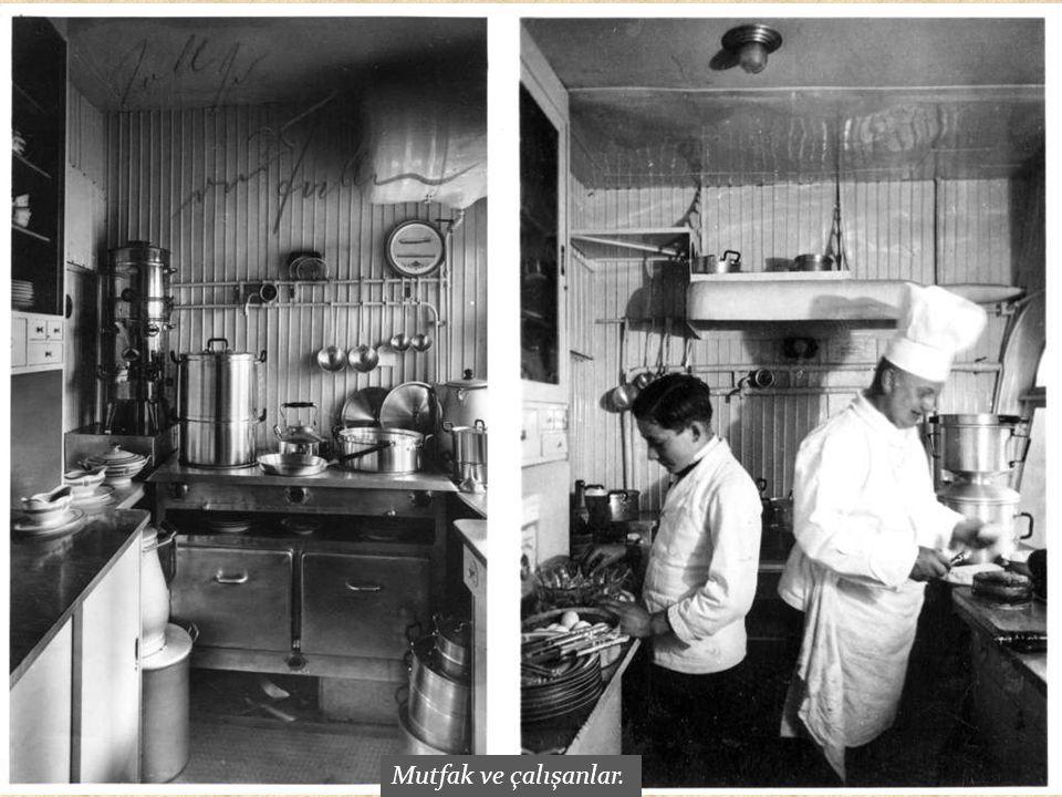 Mutfak ve çalışanlar.