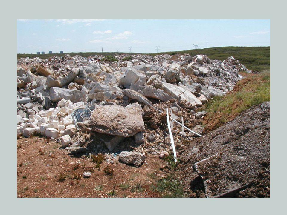 Amaç Hafriyat toprağı ile inşaat ve yıkıntı atıklarının çevreye zarar vermeyecek şekilde öncelikle kaynakta azaltılması, toplanması, geçici biriktirilmesi, taşınması, geri kazanılması, değerlendirilmesi ve bertaraf edilmesine ilişkin teknik ve idari hususlar ile uyulması gereken genel kuralları düzenlemektir.