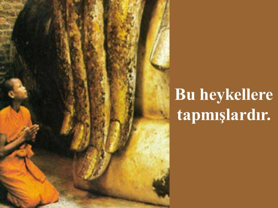 Buda'ya göre bu dünya acı ve üzüntü ile doludur.